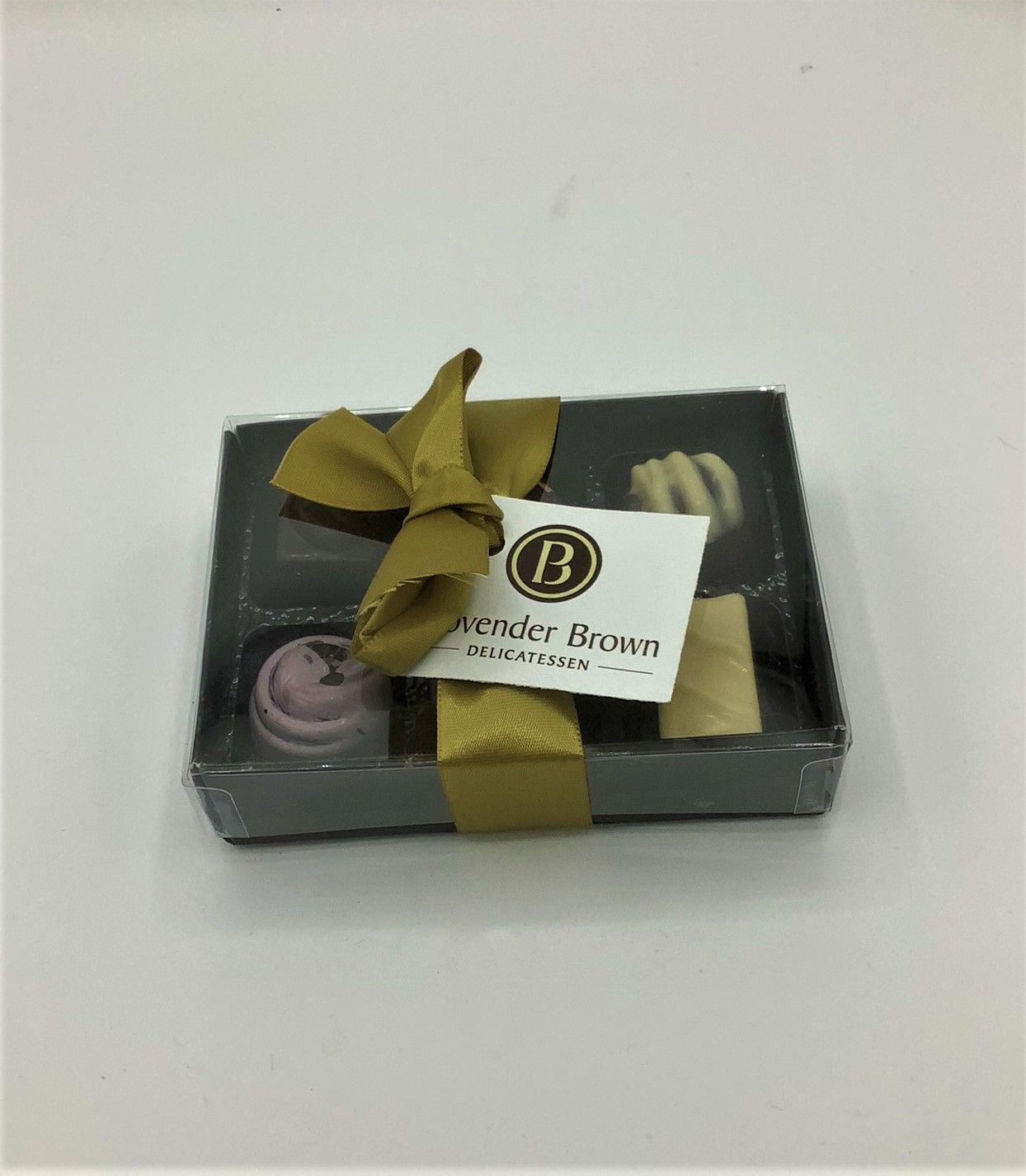 Provender Brown 6 Chocolates
